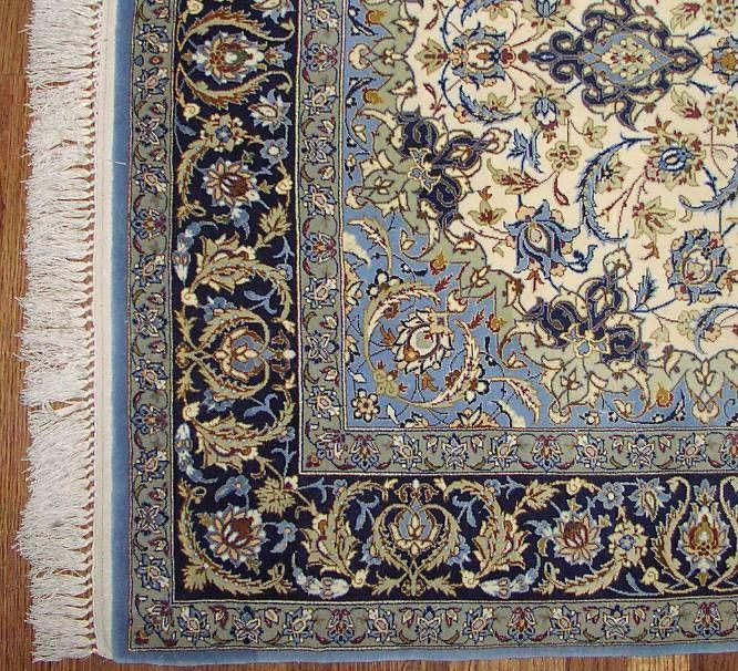 Esfahan Corner - 600 Knots Per Square Inch