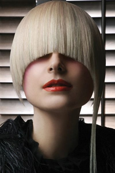 Artistic Haircut Focusing On The Blonde Fringe Womens Hairstyles Hair Styles Medium Hair Styles