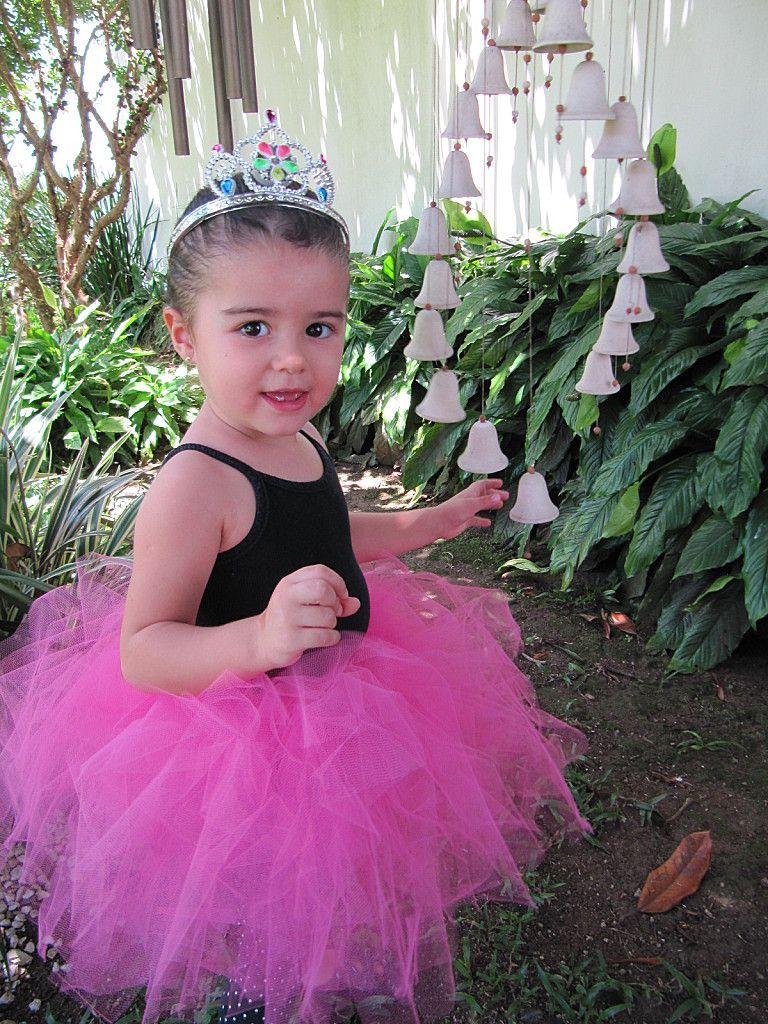 6841ed25d Pin de Luci Favela en Tutus   Pinterest   Cosas, Ropa para niñas y Ropa
