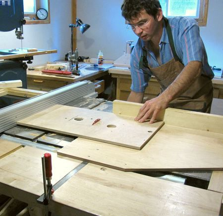 Router table and fence woodworking ideas pinterest router router table and fence keyboard keysfo Images