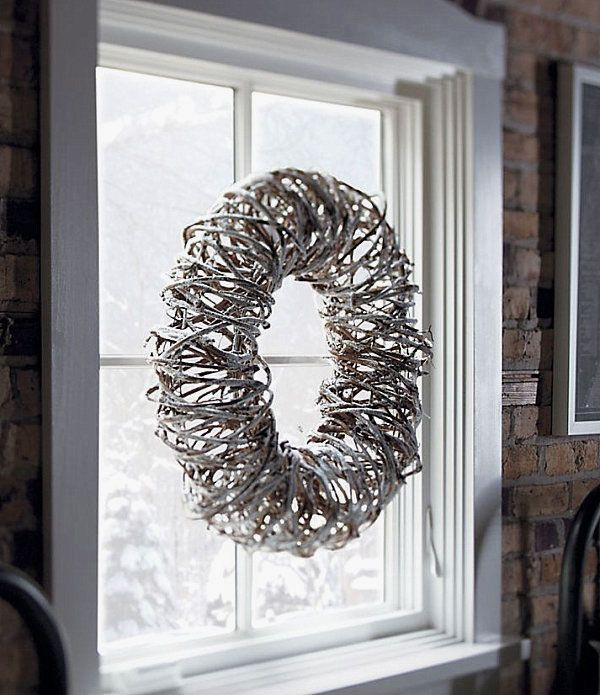 White Grapevine Wreaths Ideas Images Industrial Christmas Decor With Natural Grapevine Wr Modern Christmas Christmas Decorations Yankee Candle Christmas