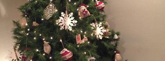 12 Ideas to Make a Beautiful Handmade Christmas Card