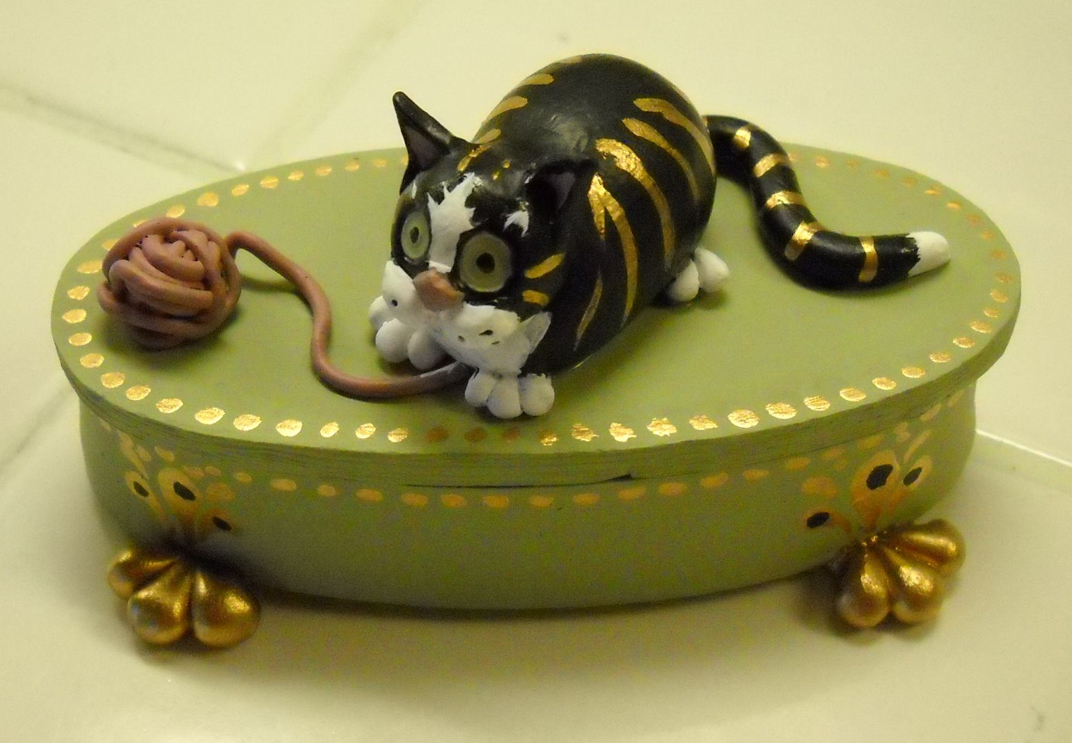 Cats In Art Illustration Decorative Arts And Design Whisker Box In Which To Store Cat Whiskers Cat Whiskers Crazy Cats Crazy Cat Lady