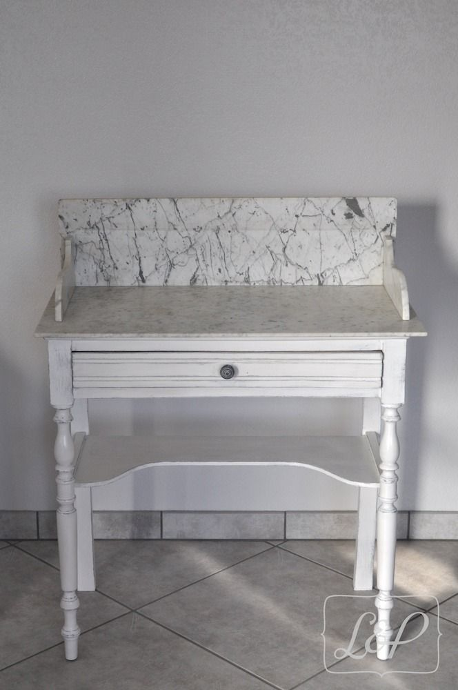 VENDU Table De Toilette Coiffeuse Patine Dessus