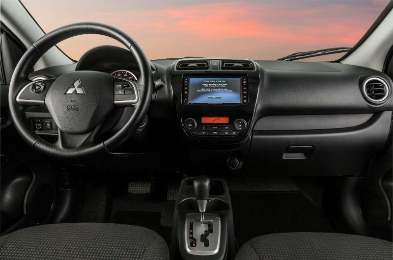2015 Mitsubishi Outlander Interior Www Topcarz Us Suv Cars Mitsubishi Outlander Mitsubishi