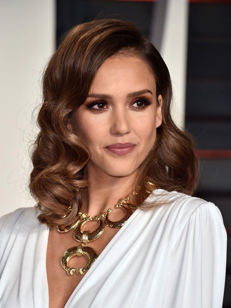 Les Plus Belles Mises En Beaute De La Ceremonie Des Oscars Coiffure Glamour Coiffure Ceremonie Styles De Coiffures