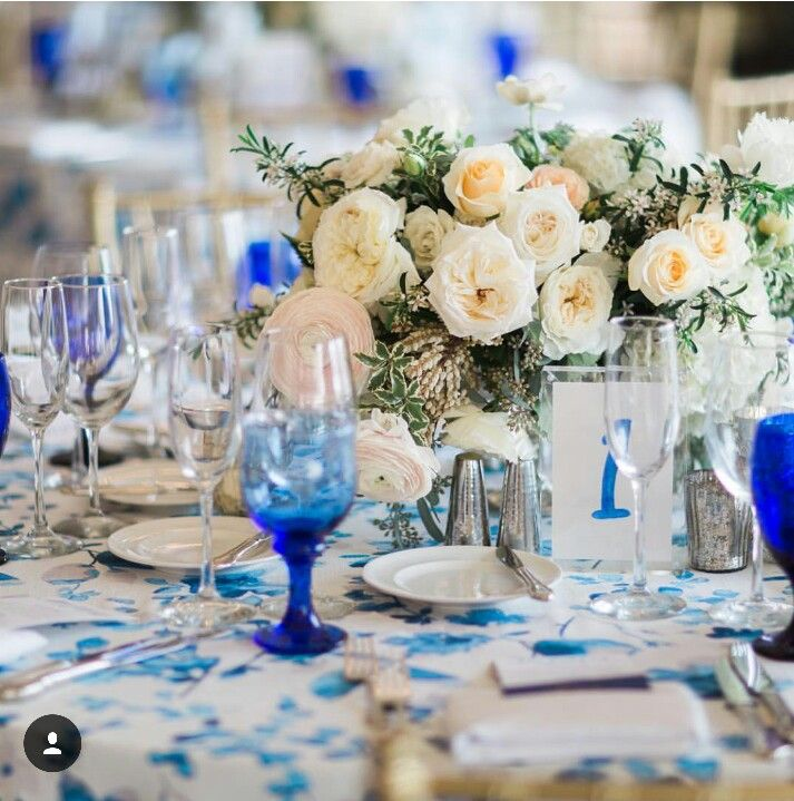 Blue is the new black! Southern charm tablescape! Www.cherisvintagetable.com.