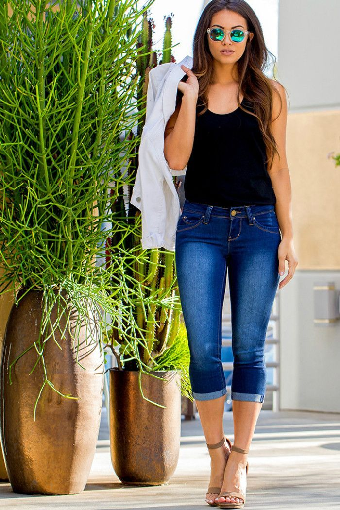 510c94775593 Our casual dark wash rolled capris create a chic look anytime! Pair this  style with basic tees and sandals for an everyday summer look. - 5-pocket  jean ...
