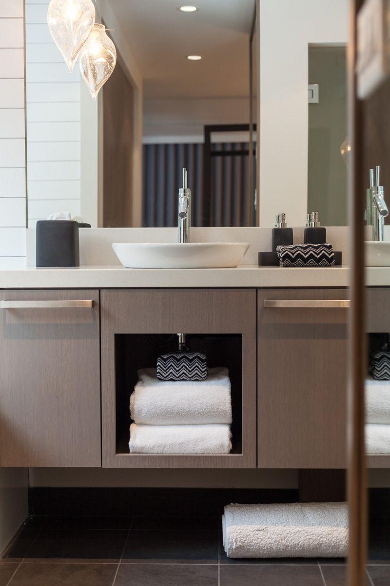 Aménagement intérieur moderne d\'une maison au Canada | Pinterest ...