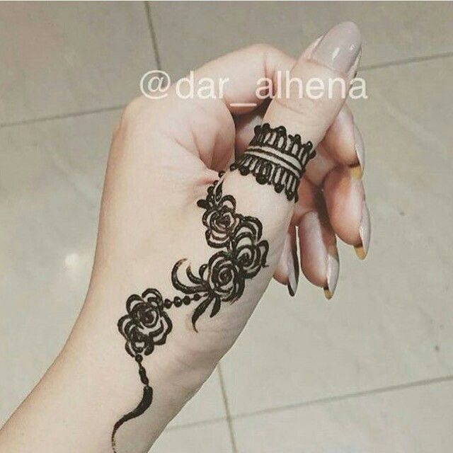 Pin By Sonny Penn On Henna Henna Mehndi Designs For Beginners