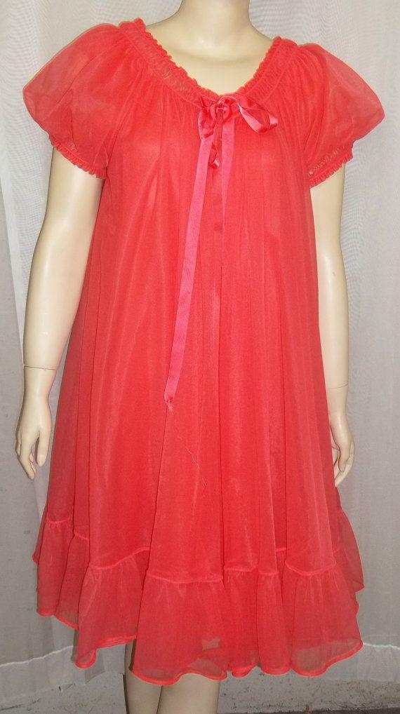 6cc6a52214d Vintage Texsheen Babydoll Swing Peignoir Set Nightgown Nightie Robe 34  Nylon Chiffon Red by ShonnasVintage
