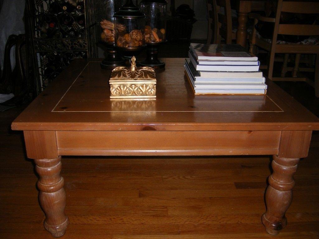 Broyhill Fontana Square Coffee Table