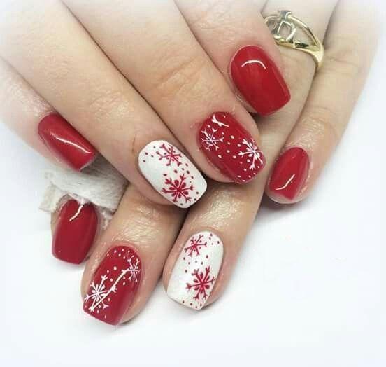 Fantástico diseño cuadrado de uñas navideñas