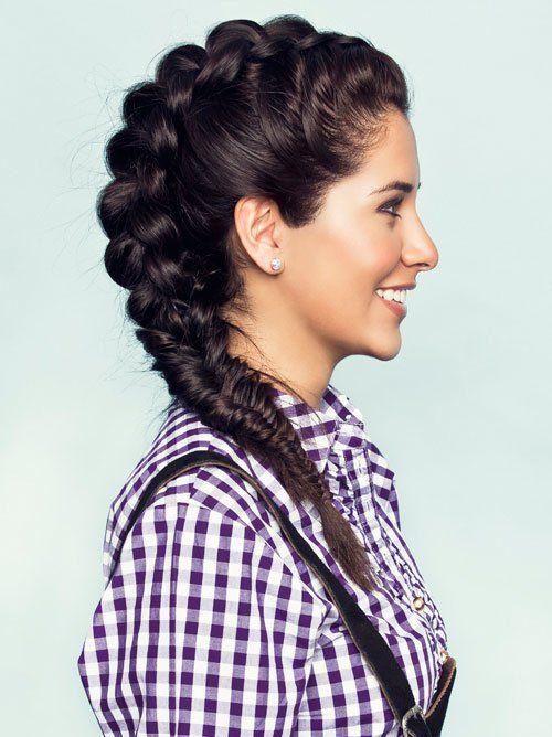 Dirndl Frisuren Zum Nachmachen Frisuren Hair Styles Curly Hair