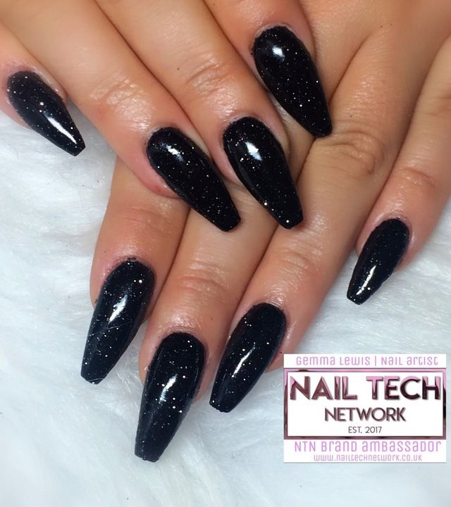 Black Glitter Nails Nailstyle Black Nails With Glitter Sparkly Black Nails Sparkly Acrylic Nails