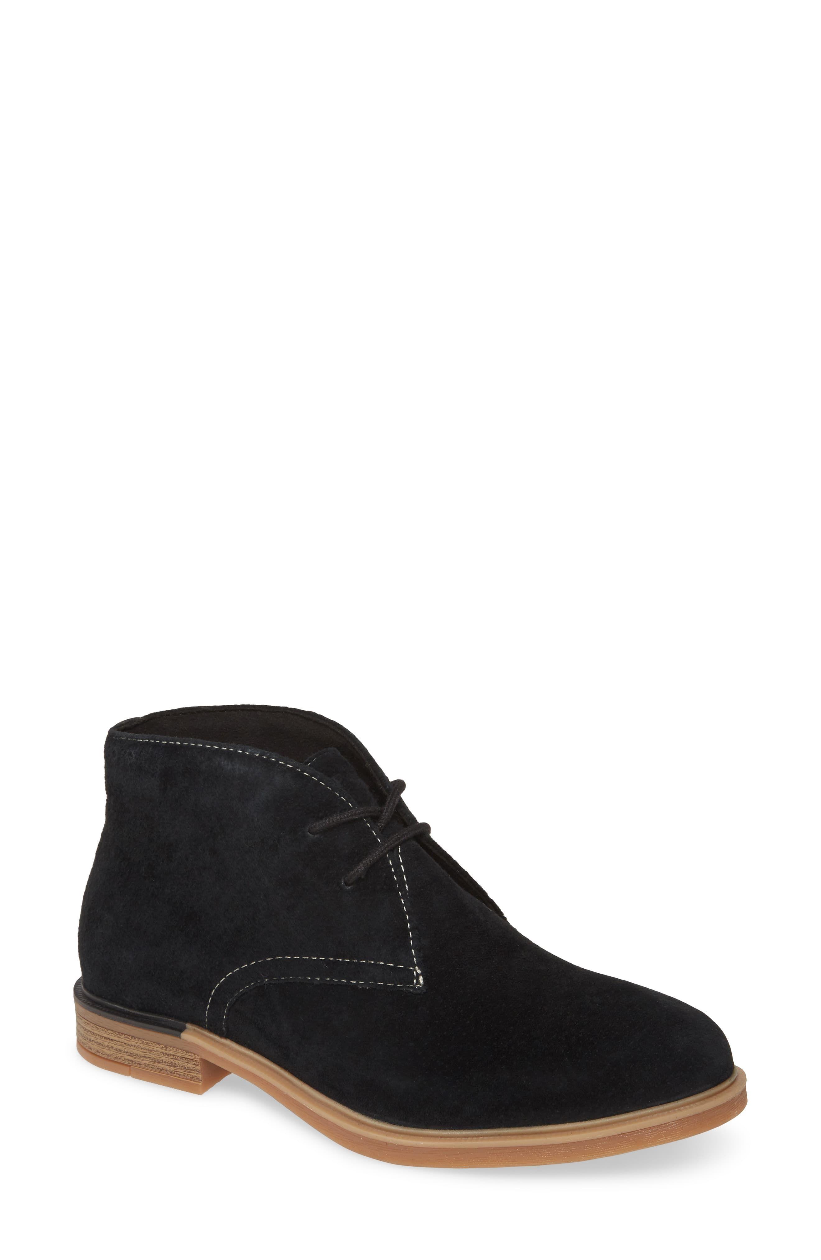 Hush Puppies Bailey Chukka Boot Available At Nordstrom In 2020 Chukka Boots Women Chukka Boots Boots