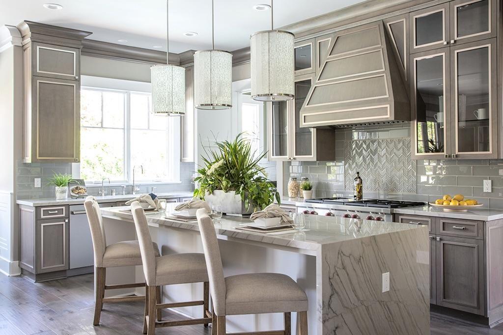 Kitchen Heaven! White Macaubus #quartzite countertops are ...