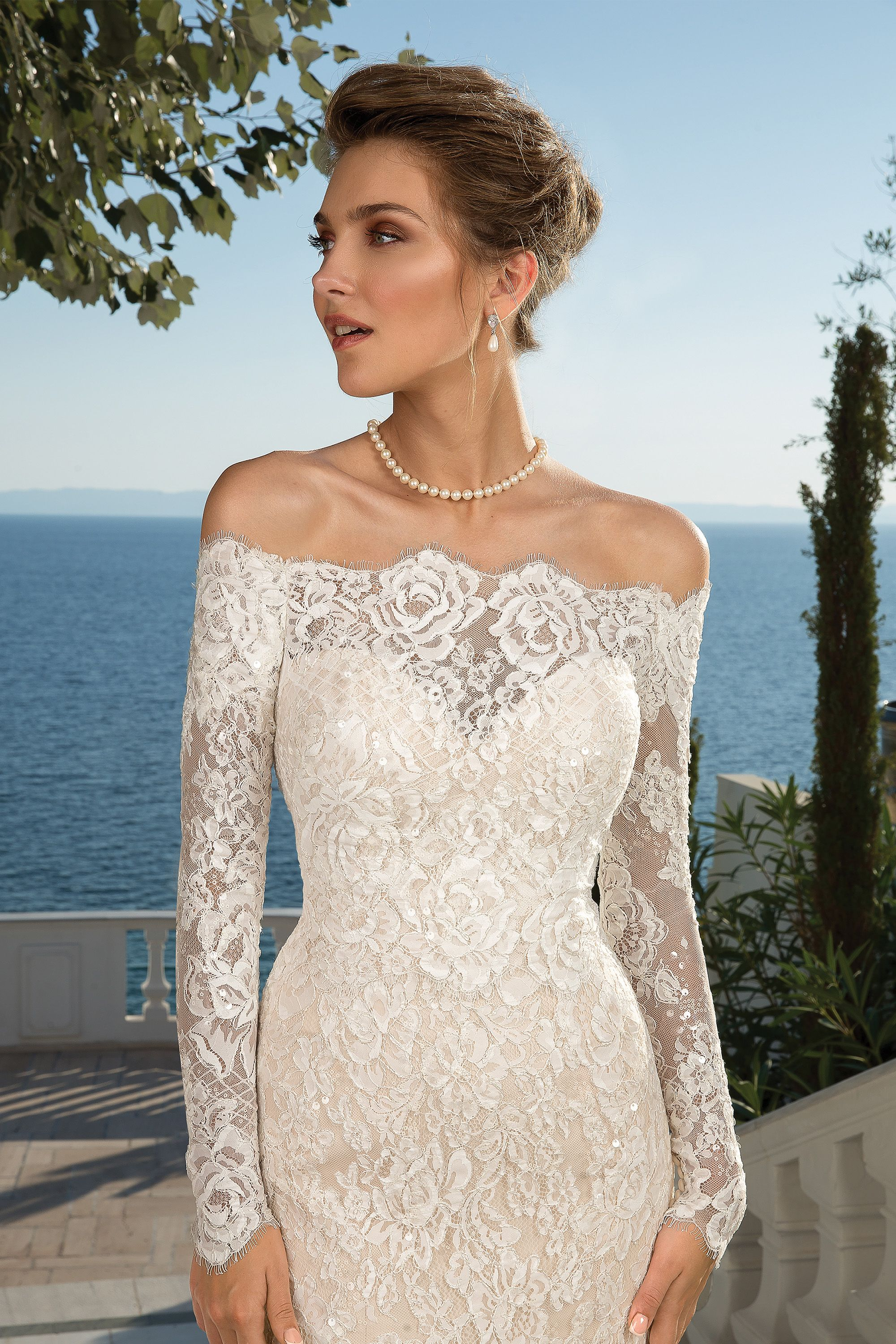 Style 88087 Allover Lace Trumpet Gown With Detachable Long Sleeve Jacket Justin Alexander Sophisticated Wedding Dresses Lace Dress Vintage Wedding Dresses [ 3000 x 2000 Pixel ]