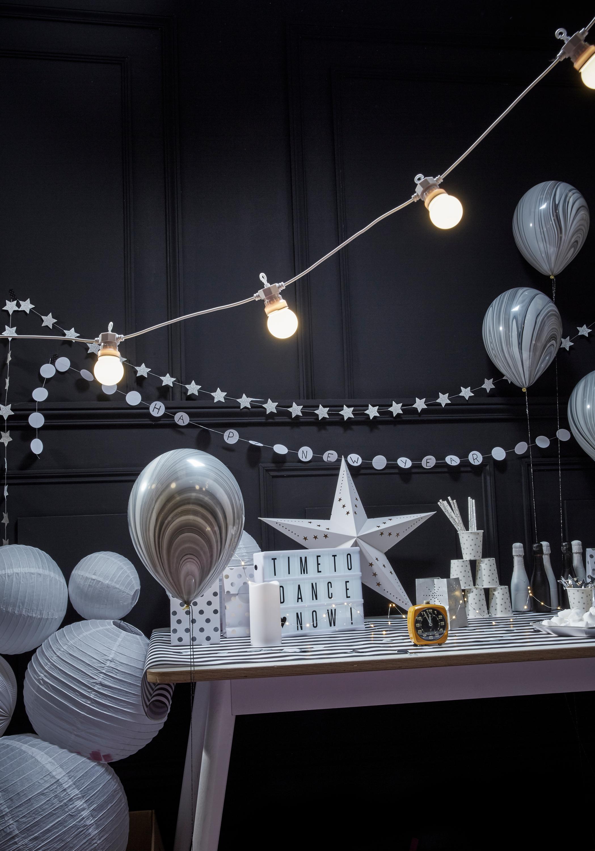 Decoration De Salle Pour Nouvel An lightbox, guirlande guinguette blanc, etoile carton