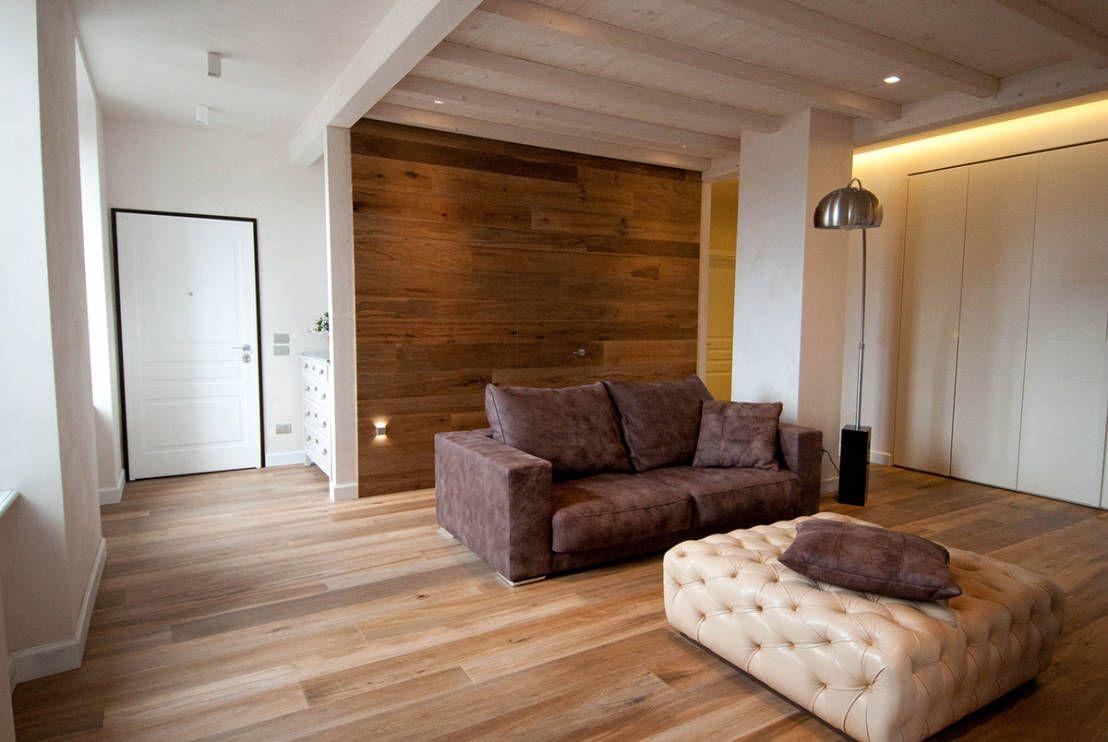 Pareti in legno per ogni stile legno open space e salotto for Rivestimento parete salotto