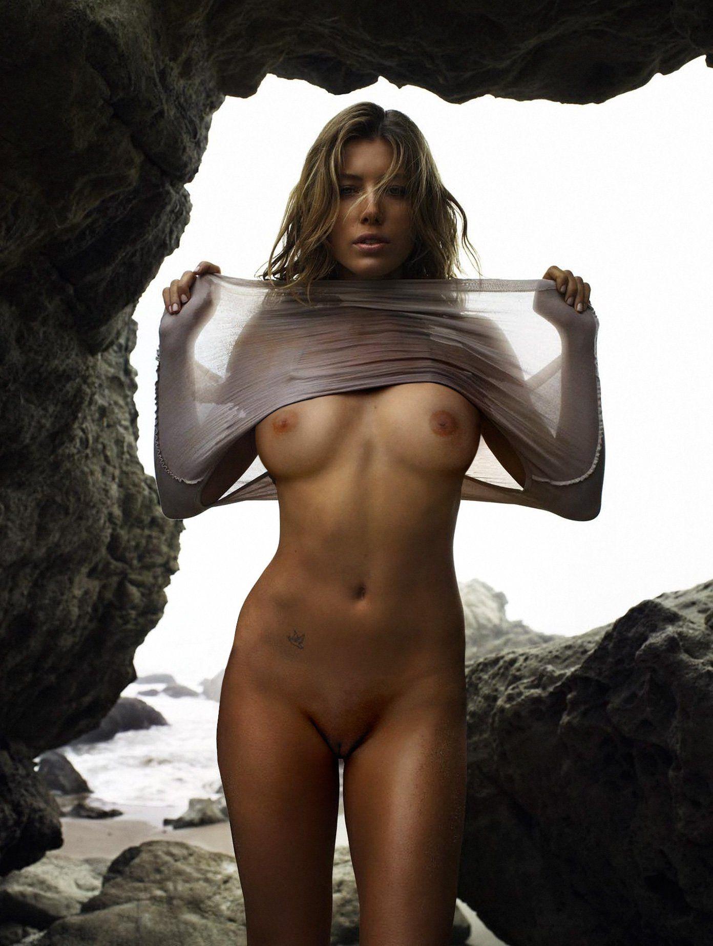 Jessica Biel Naked 93