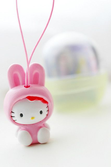 49430e6acf52 Hello Kitty want to be a  pink bunny  )