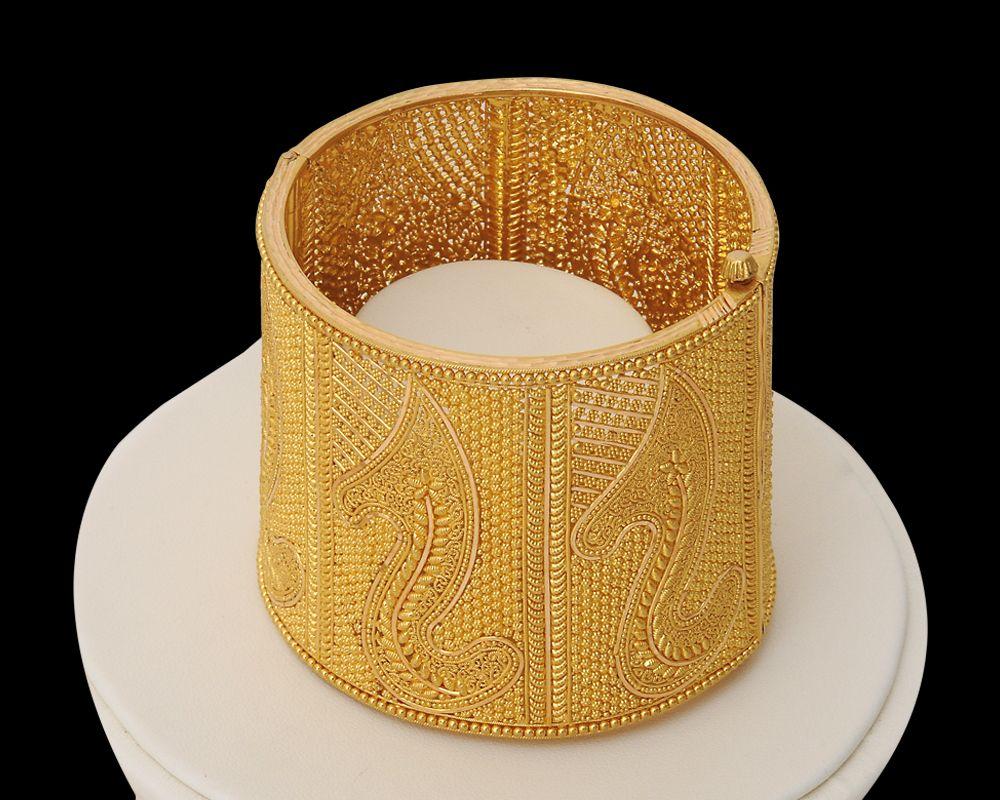 bengali gold bangle jewellery | Style | Pinterest | Gold bangles ...
