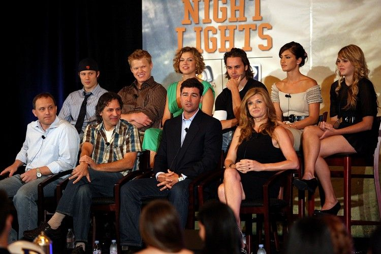 Friday night lights is now available on amazon prime video