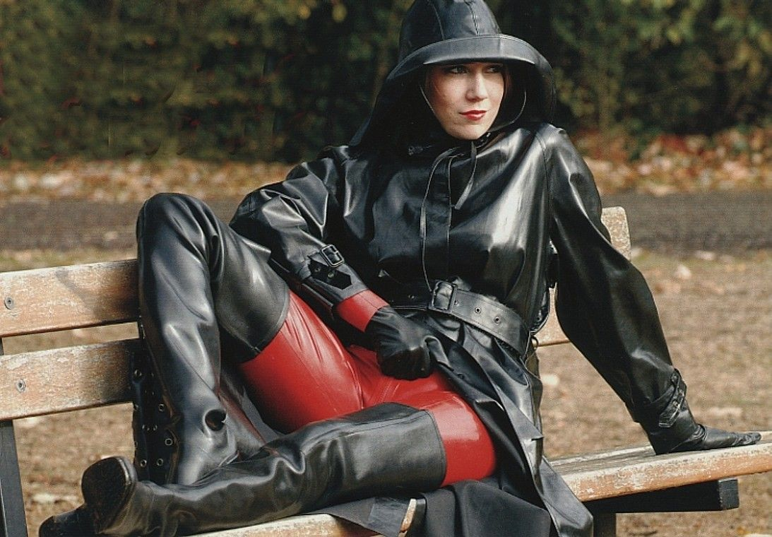 Pin By Frenzyfourrubber On Rubber Mackintosh Rain Wear