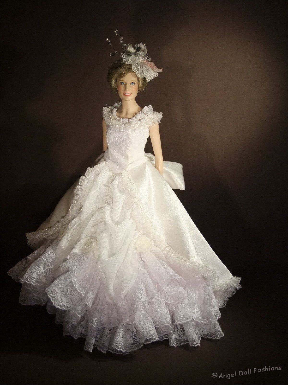 Victorian Wedding Gown for Princess Diana Franklin Mint 16