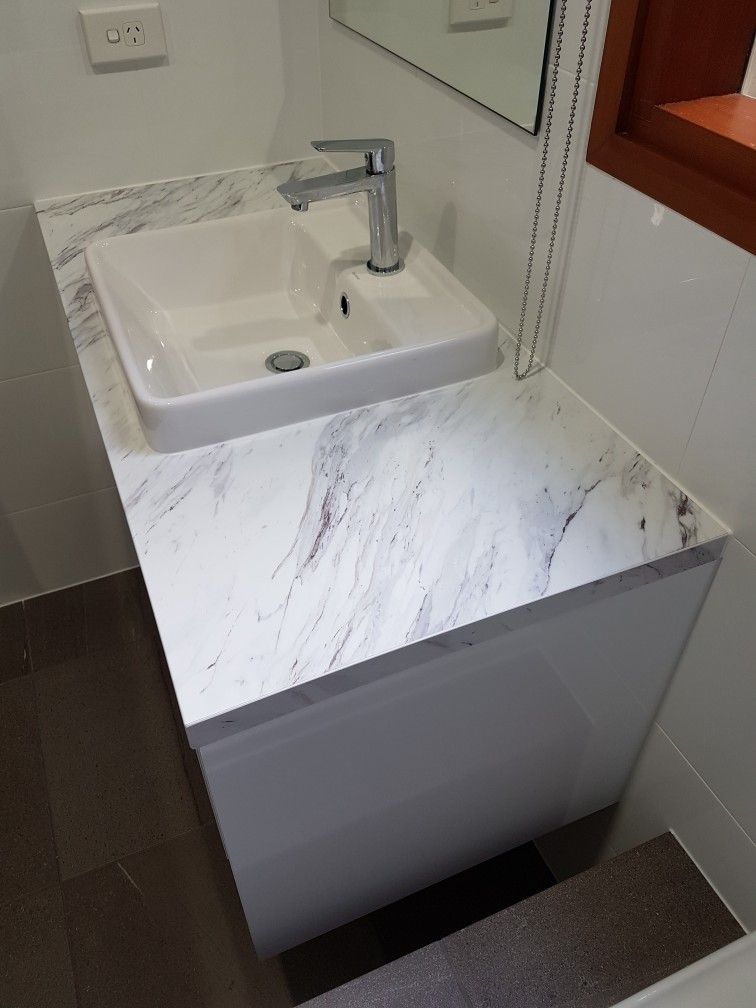 Wilsonart Calcutta Marble Laminate Textured Gloss Finish On Bathroom Vanity Calcutta Marble Bathroom Bathroom Vanity Countertops Bathroom Countertops