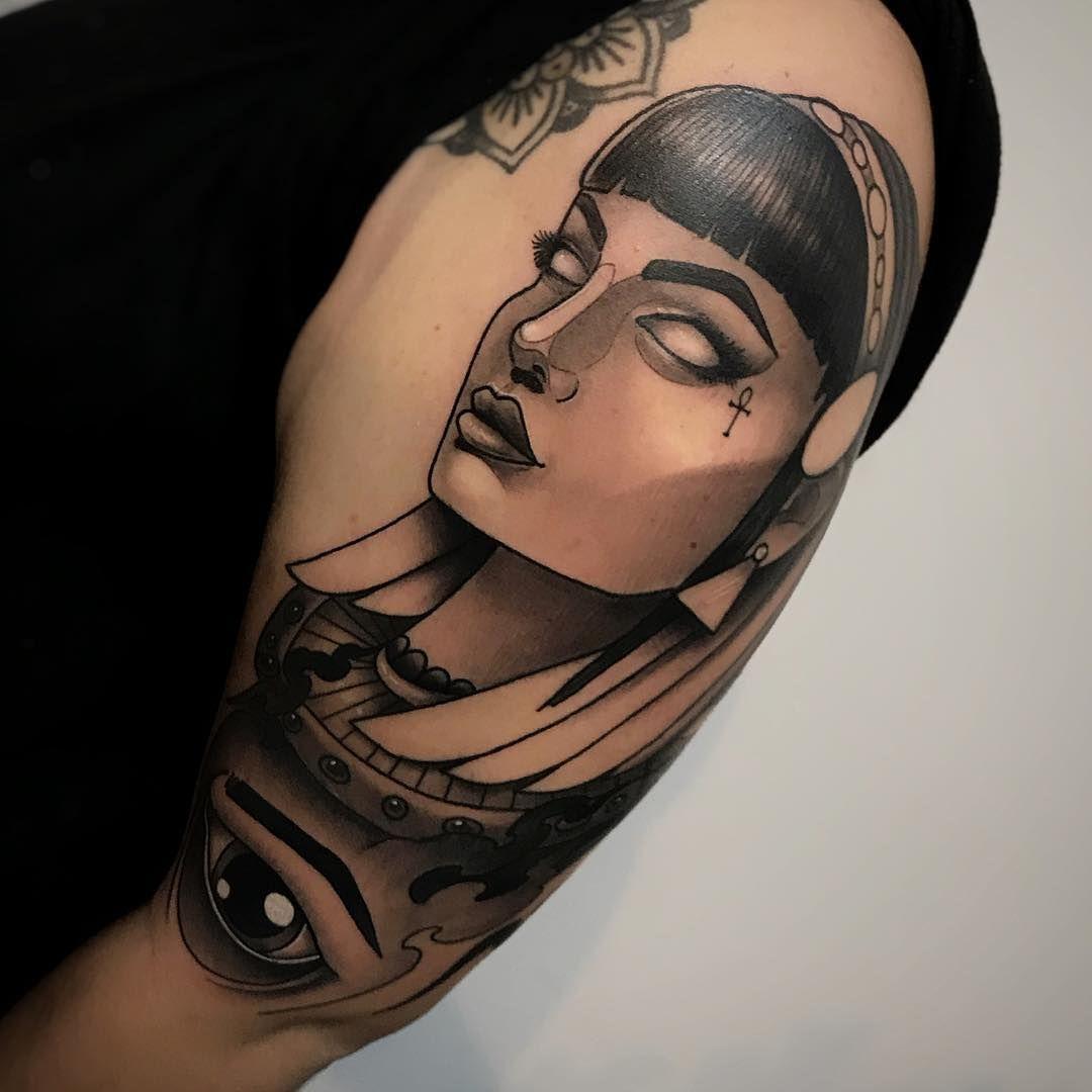 Alejandro Fernandez On Instagram Neotraditional Cleopatra Neotradicinal Cleopatra Gracias Para Egyptian Tattoo Sleeve Egypt Tattoo Cleopatra Tattoo