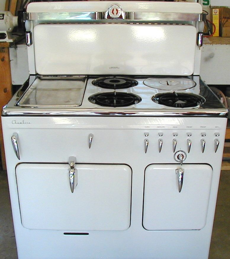 Chambers Model B Circa 1944 With Chrome Top And Silverlite Back Gas Stove For Sale Stoves For Sale Stove