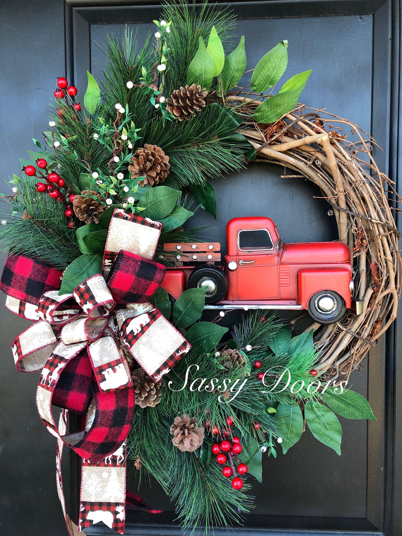 Red Truck Christmas Wreath, Farmhouse Christmas Wreath