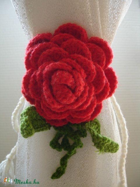 Függöny összekötő rózsa horgolt 10-14 cm (zsu4478) - Meska.hu