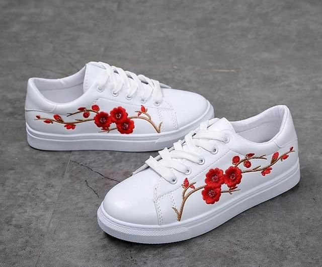 209c102e White Shoes Women Platform Loafers Embroider Creepers Spring Lace-Up Flats  Casual Flowers Shoes White