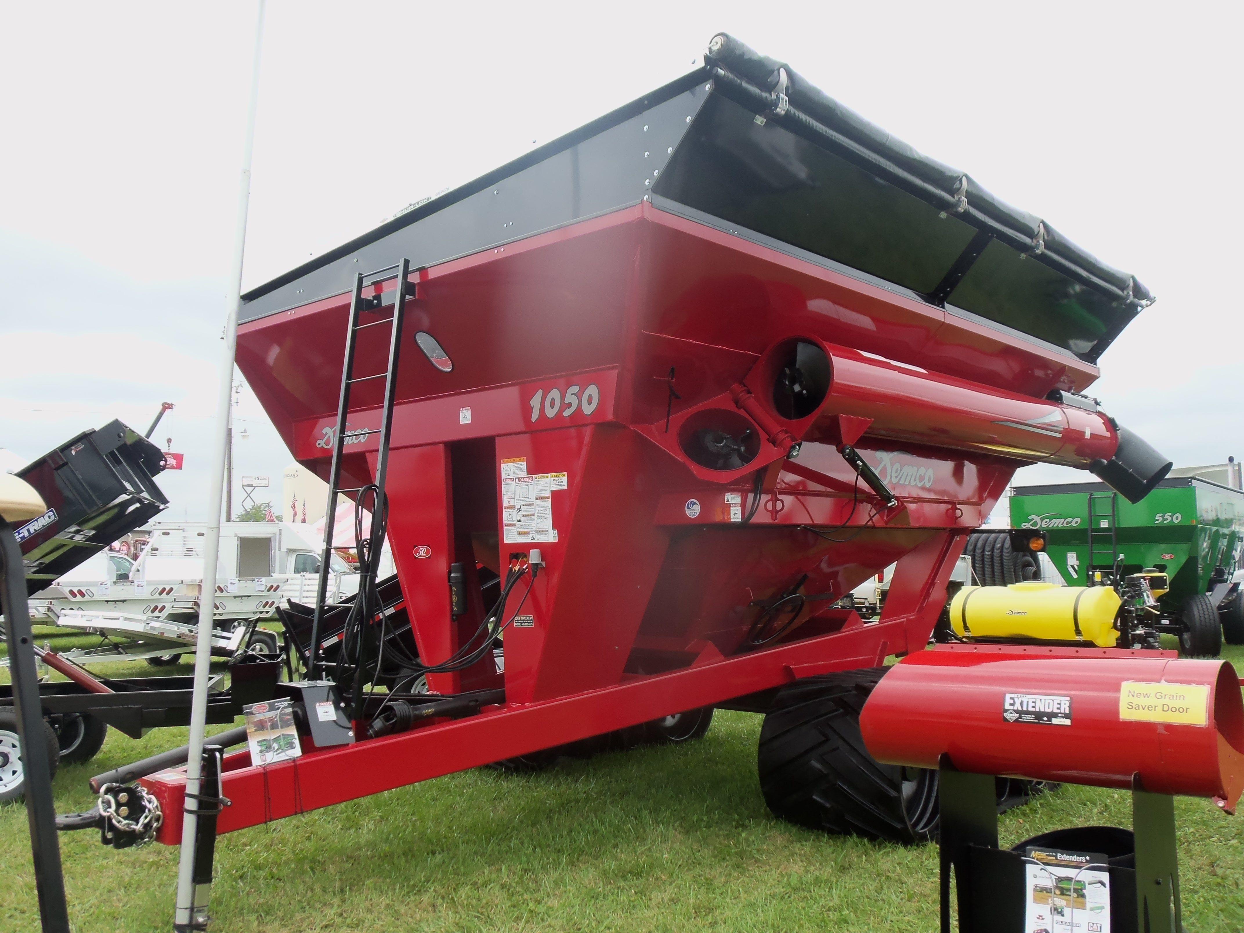 Demco 1050 tracked grain cart
