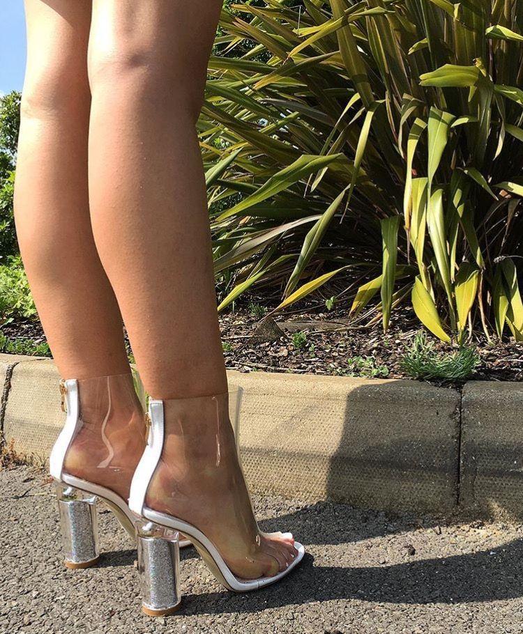 Simmi shoe