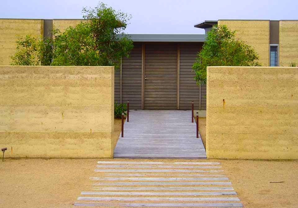 Rammed Earth Homes   Construction Of Walls, Houses U0026 More