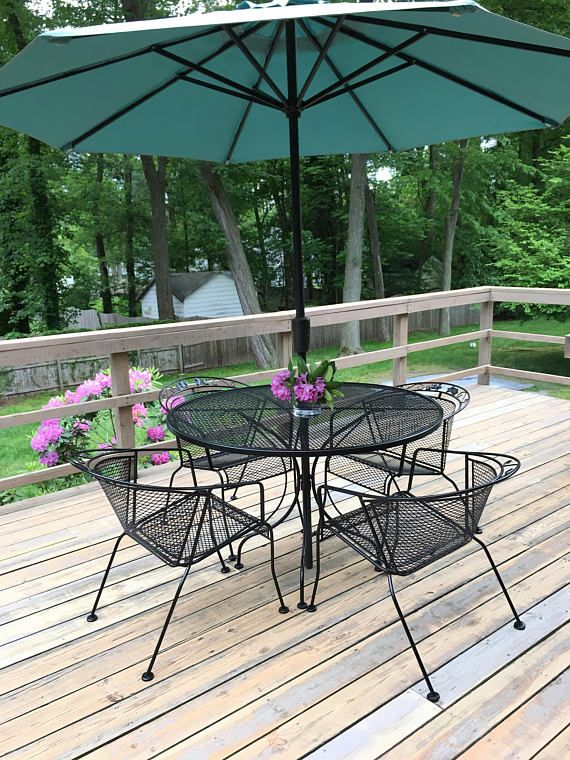 Mid Century Wrought Iron Patio Set With 4 Chairs And Table