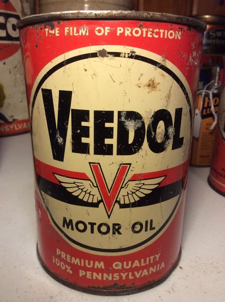 45 vintage veedol flying a 1 quart motor oil tin can for Water in motor oil