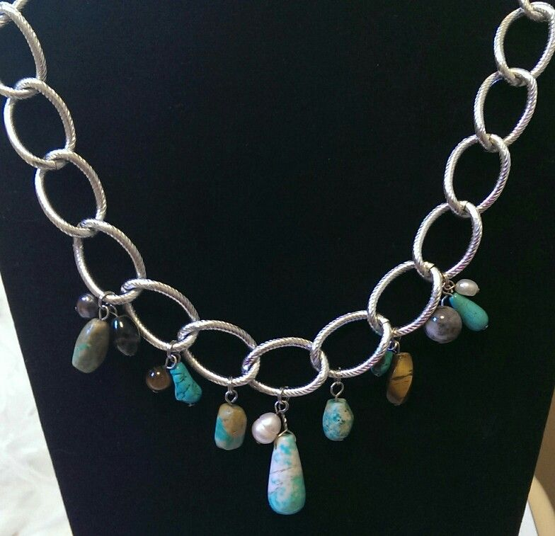 Turquoise and earth tones large curb chain.