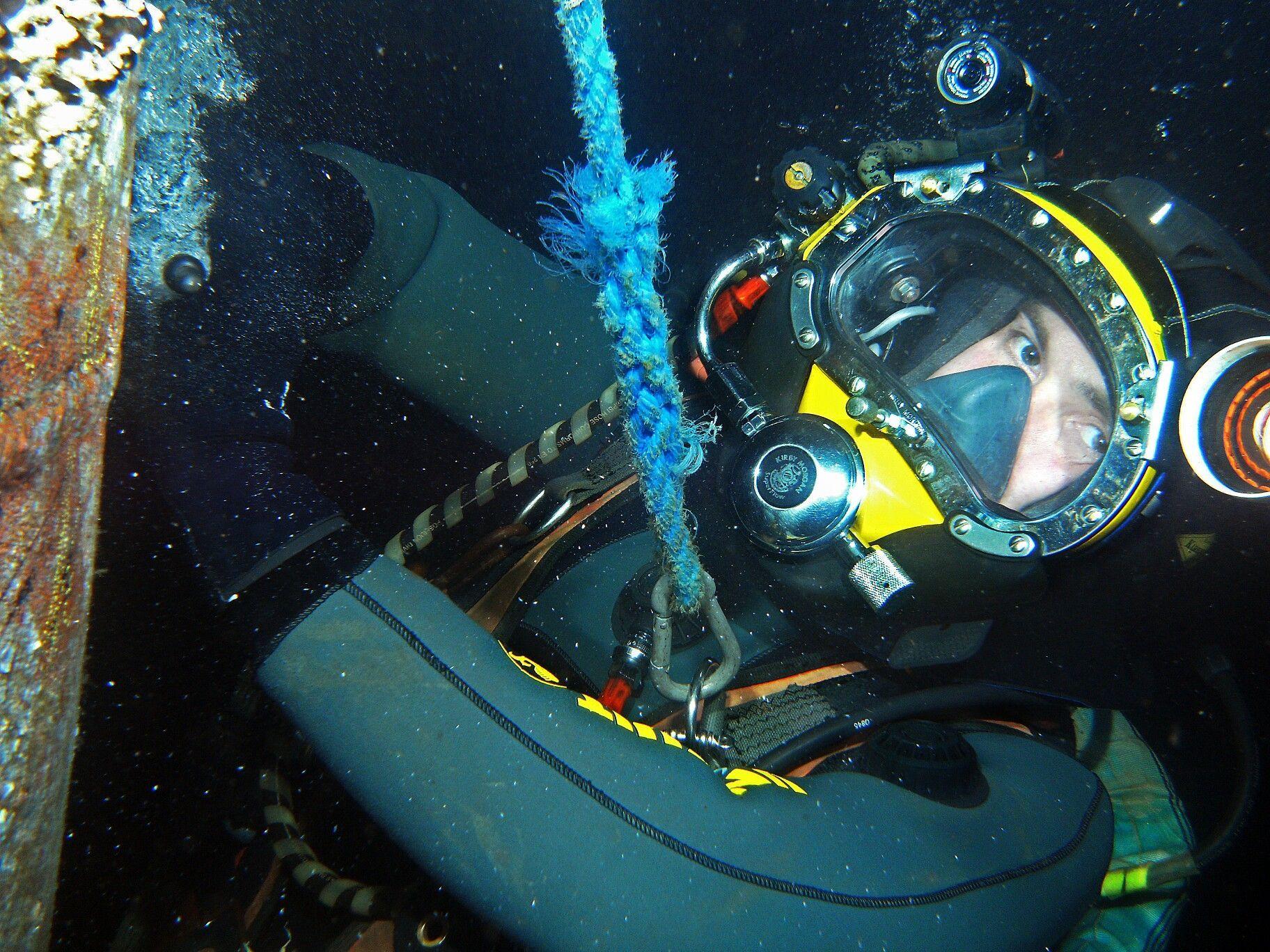 Kfdgroupcommercialdivingequipment Diving Diving Equipment Green River