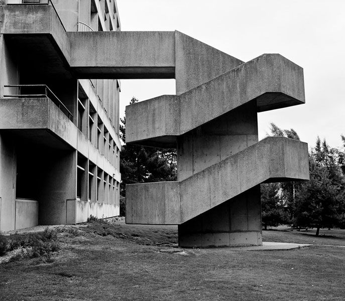Obligatory expressed stairs as plastic concrete sculptural for Architecture brutaliste