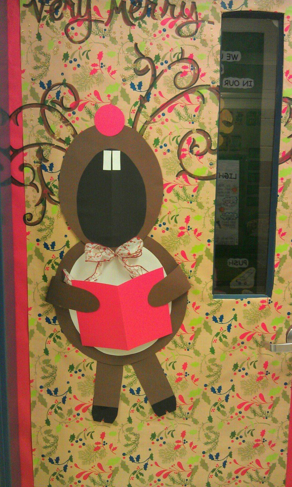 Classroom door decorations for christmas holiday for Puertas decoradas de navidad para preescolar