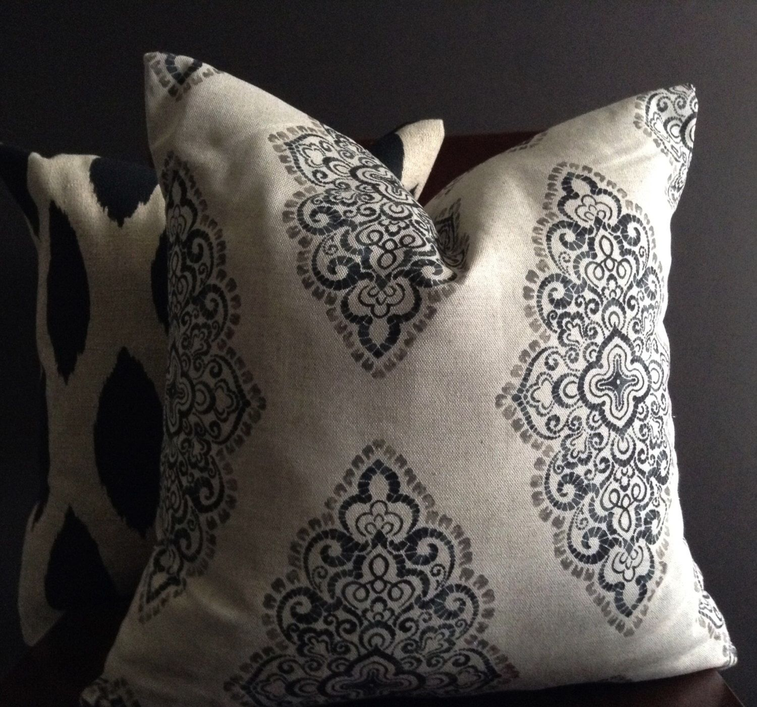 Pillow Cover, Black and Beige Blend Pillow Cover by StudioPillows on Etsy https://www.etsy.com/listing/212067548/pillow-cover-black-and-beige-blend