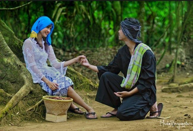 Pakaian Adat Sunda Pakaian Adat Jawa Barat Baju Adat Sunda Pakaian Daerah Sunda Nama Pakaian Adat Sunda Pangsi Baju Adat Jawa Barat Kemben Gambar Pakaian