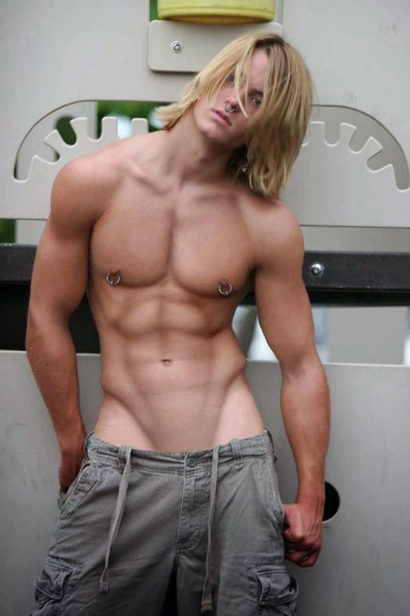 Golden locks  Muscle Men  Pinterest  Handsome Guy and Sexy guys