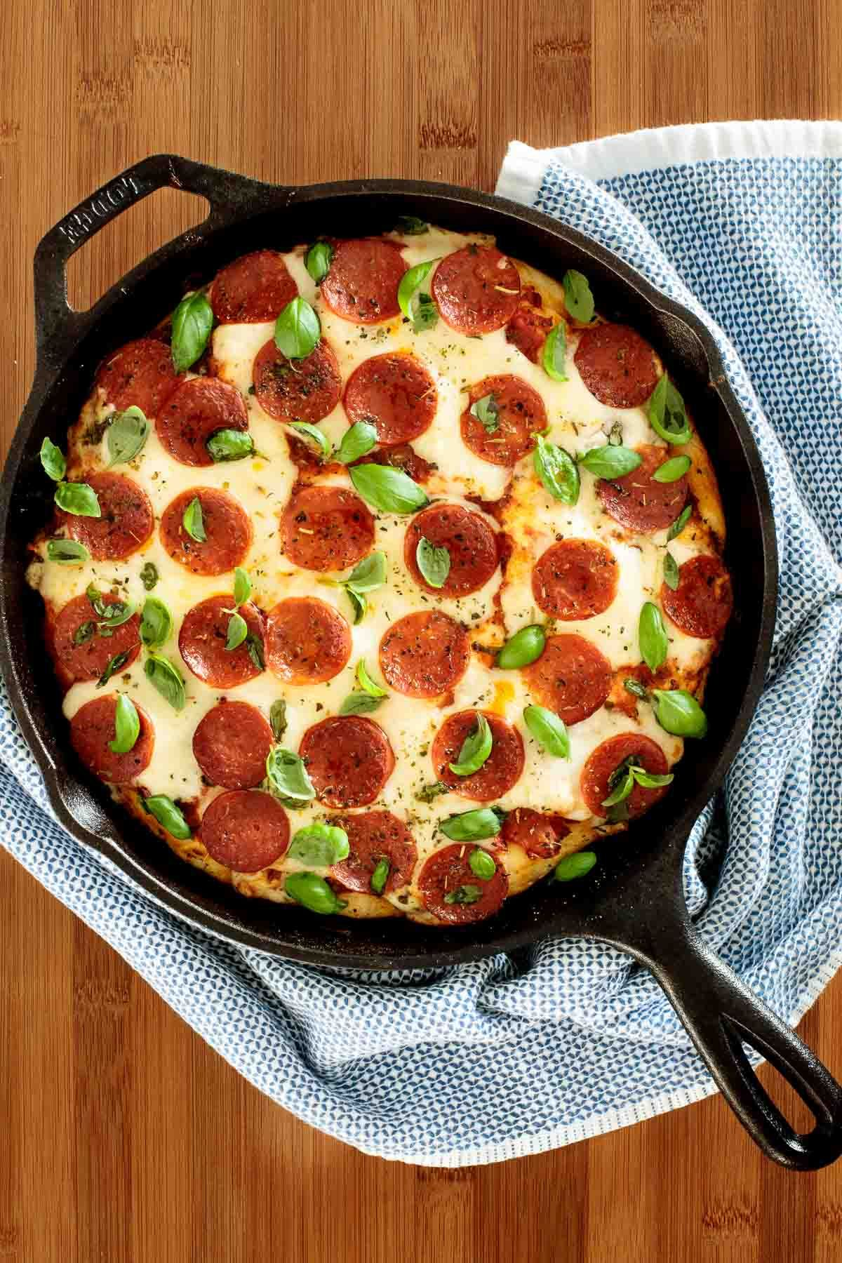 Easy Deep Dish Pizza Dough Recipe With Images Deep Dish