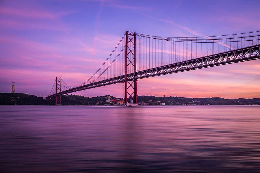 Golden Gate Sister by Ricardo Mateus #xemtvhay